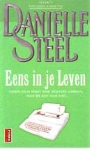 Cover: Eens in je leven - Danielle Steel